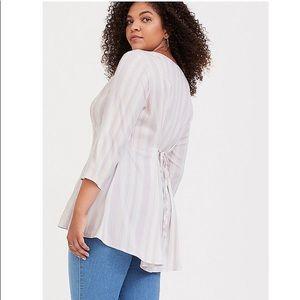 Ivory stretch challis tunic blouse w lilac stripes